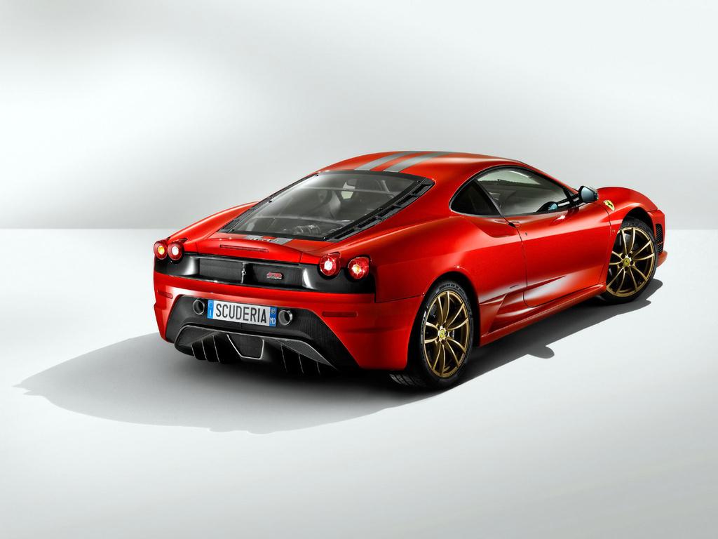 """""""Ferrari"""" создает элитный клуб владельцев своих авто"""