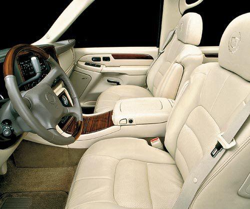 В октябре покажут новый Cadillac Escalade